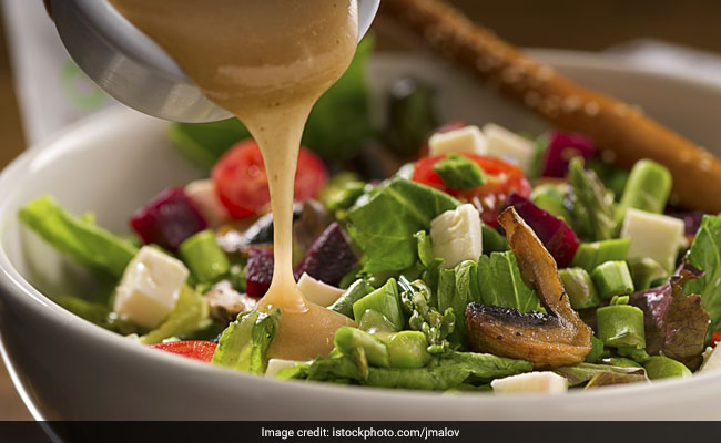 Here's How Bacteria Responsible For Food Poisoning Enter Your Salad Vegetables!