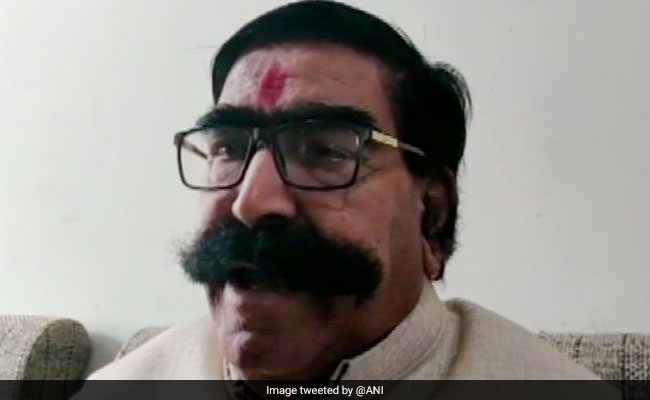 Gyandev Ahuja Withdraws Nomination As Independent, Returns To BJP