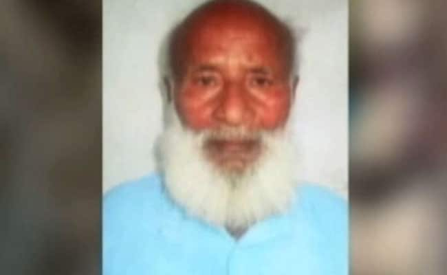 मॉब लिंचिंग : बिहार में बुजुर्ग को चौक पर जिंदा जलाया, बेटे को 75 किलोमीटर दूर दफनाना पड़ा शव