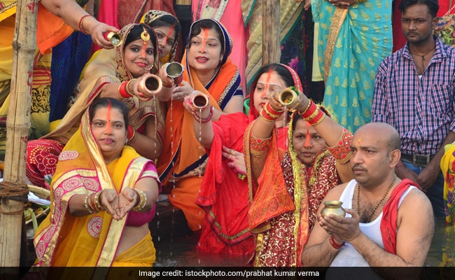 Chhath Puja 2019: Rituals, Food, Sunrise, Sunset Timings, Benefits - All You Need To Know