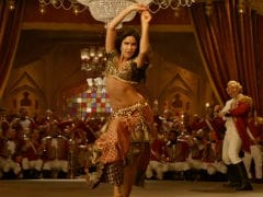 If You Wanted To Watch <I>Thugs Of Hindostan</i> For Katrina Kaif's <I>Suraiyya</i>, It's Here