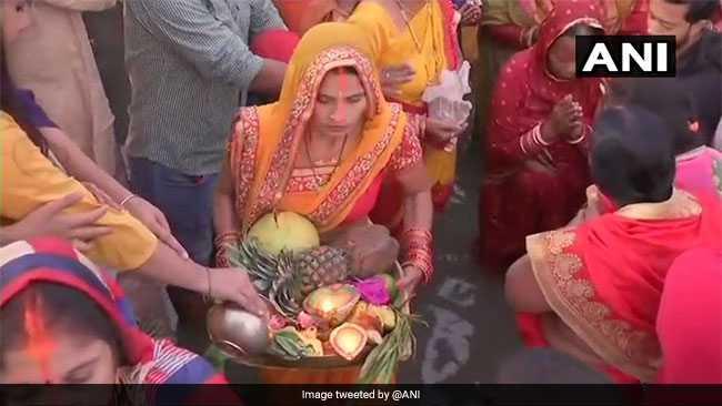 छठ पर्व हुआ संपन्न, तस्वीरों में देखिए कैसे मना Chhath Puja का जश्न