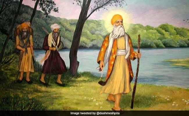 Guru Nanak Jayanti: अमिताभ बच्चन से लेकर करण जौहर तक, बॉलीवुड स्टार्स ने कुछ यूं दी बधाई