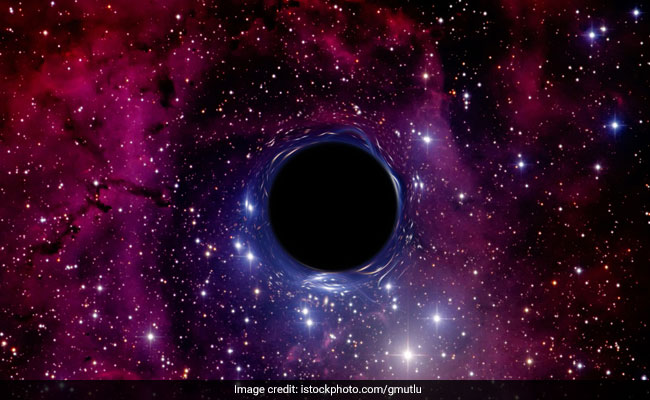 Pune Institute Student Reveals Violet Flaring At The Centre Of Black Hole