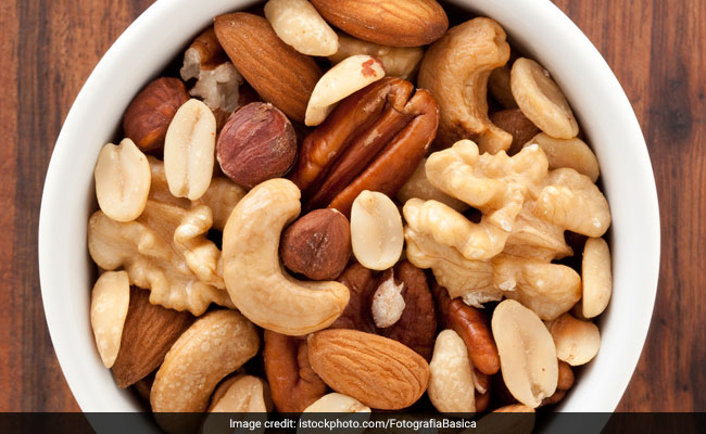 Revealed! The Right Way To Consume Nuts And Seeds For Weight Loss