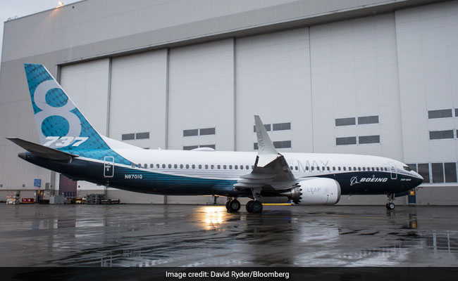 Boeing issues advice over sensors after Indonesia crash