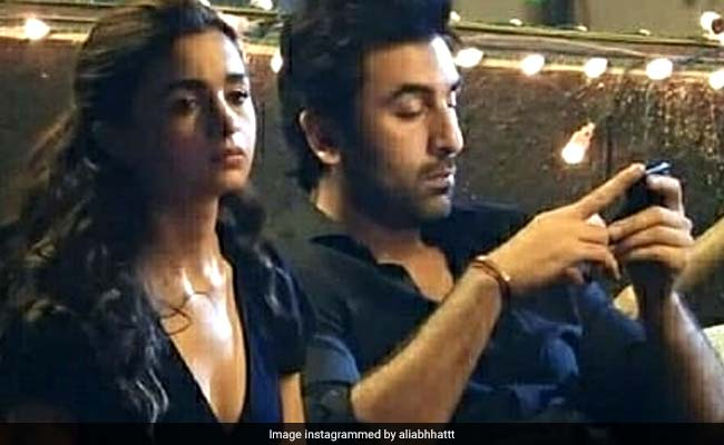 Alia Bhatt And Ranbir Kapoor's BTS Photos From The Sets Of Brahmastra