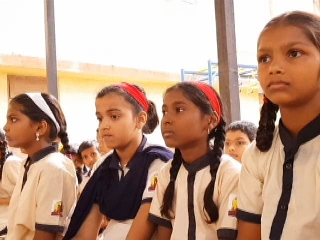 Video : 'Swachh Bharat, Swachh Vidyalaya' Project To Benefit 12,000 School Children