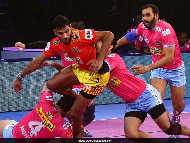 PKL: Gujarat Fortunegiants Defeat Jaipur Pink Panthers, Tamil Thalaivas Beat Up Yoddha