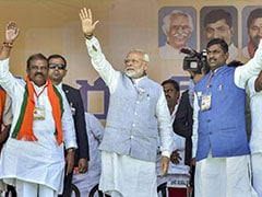 "Congress, KCR Playing ""Friendly Match"", PM Modi Tells Telangana"