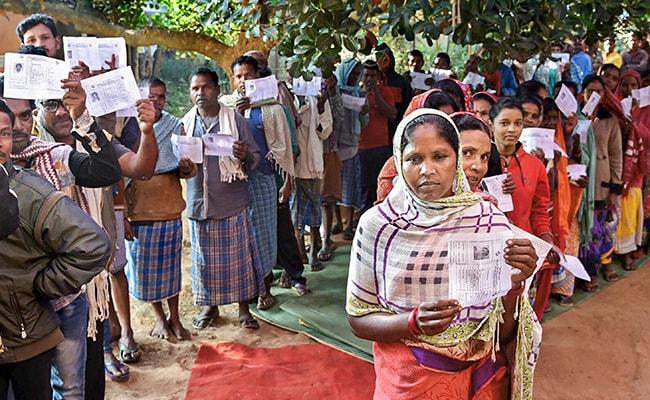 छत्तीसगढ़ विधानसभा चुनाव : दूसरे चरण की 72 सीटों पर वोटिंग आज, अजीत जोगी सहित इन बड़े दिग्गजों की प्रतिष्ठा दांव पर