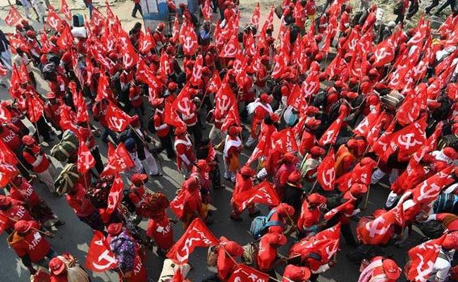 Kisan March LIVE Updates: किसान रैली में पहुंचे राहुल गांधी और अरविंद केजरीवाल, PM मोदी पर बोला हमला
