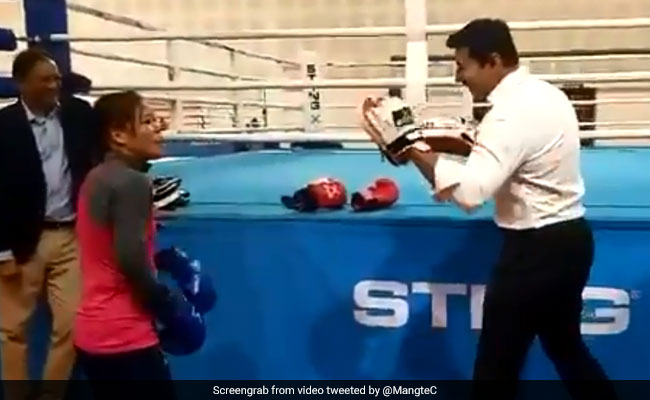 Rajyavardhan Singh Rathore learned some vital boxing tips from Mary Kom