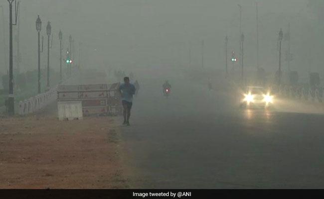 Delhi Air Pollution Highlights: Thick Smog In Delhi 2 Days Before Diwali