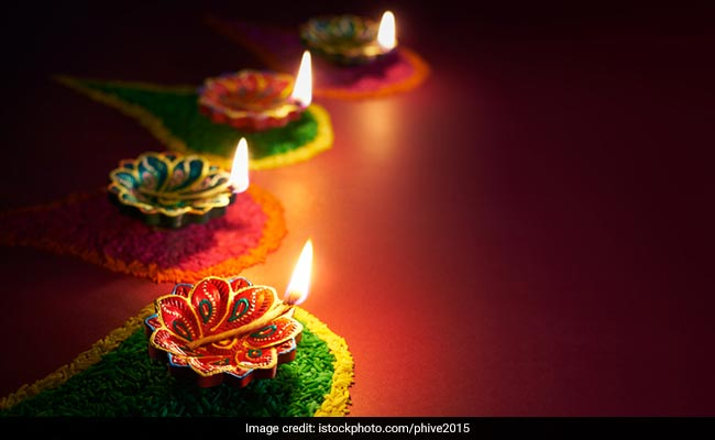 No Plans This Diwali? Here Are 5 Things To Do For Those Away From Home