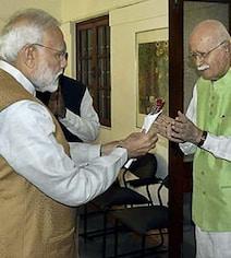 गांधीनगर : बीजेपी ने लालकृष्ण आडवाणी की जगह अमित शाह को ही क्यों दिया टिकट?
