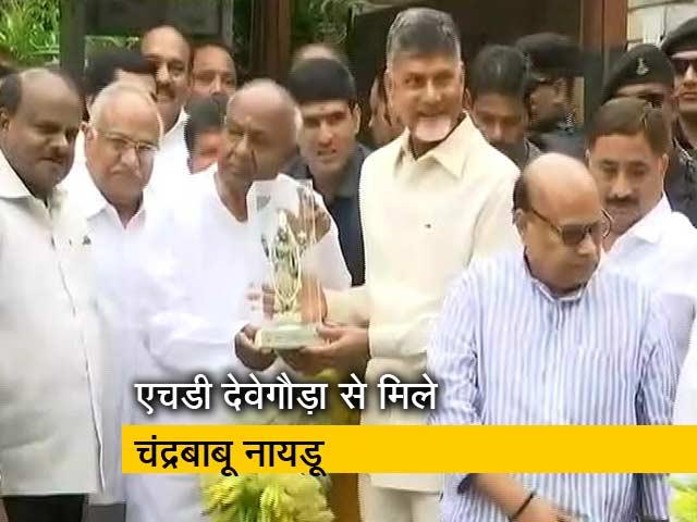 Videos : सिंपल समाचार: 2019 से पहले महागठबंधन की पहल