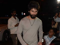 Shahid Kapoor Wore Paint-Splattered Jeans. Try His Look
