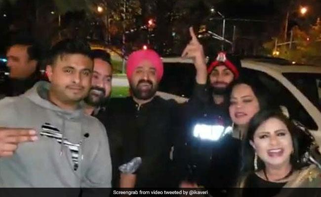 घर पर शोर मचा रहा था पंजाबी परिवार, पुलिस पहुंची तो सरदार जी ने सुना दिया ये गाना, देखें VIDEO