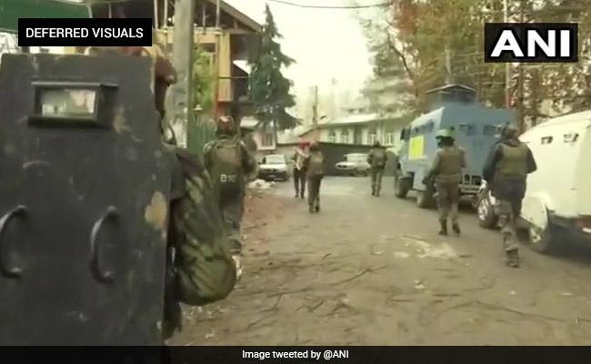 जम्मू-कश्मीर: घाटी में नहीं रुक रही हैं आतंकी घटनाएं,आतंकियों ने पूर्व एसपीओ का अपहरण कर की हत्या