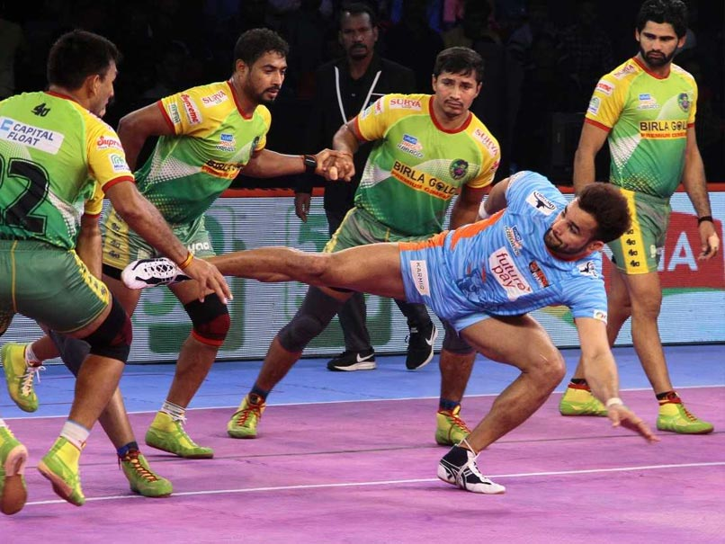Pro Kabaddi League: Patna Pirates Hammer Bengal Warriors, Gujarat Fortune Giants Edge Past U Mumba
