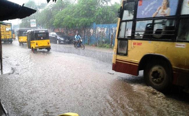 आंध्र प्रदेश और तमिलनाडु में अगले दो दिनों में भारी बारिश की आशंका