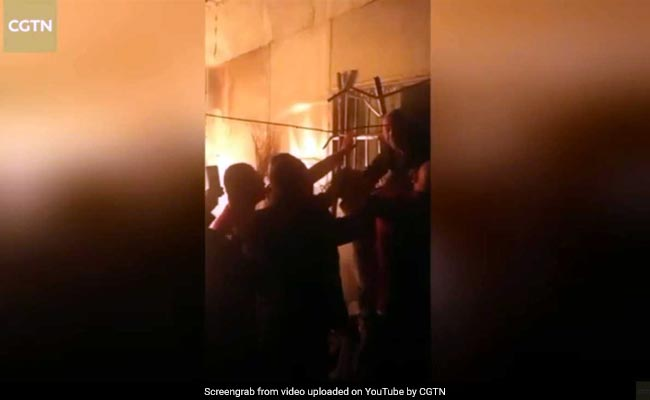 Watch How Elderly Couple Trapped In Burning House Were Rescued