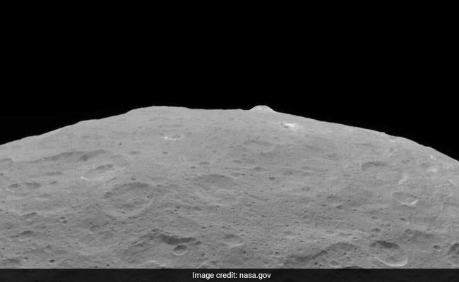 REx captures 'Super-Resolution' image of asteroid Bennu