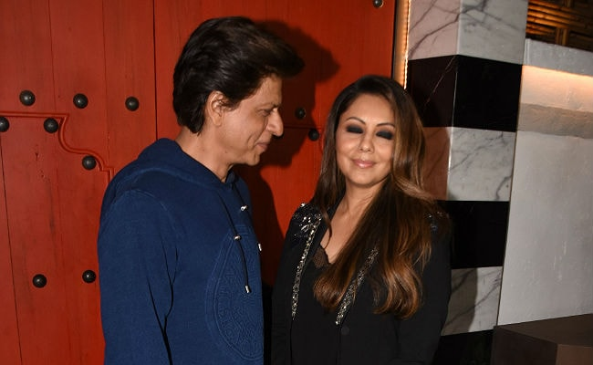 5 Pics Of Shah Rukh And Gauri Khan That Make Us Believe In True Love