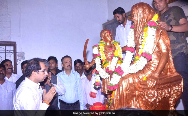 Uddhav Thackeray Visits Shivneri Fort, Collects Soil For Ayodhya Tour