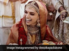 Viral: Deepika Padukone And Ranveer Singh Pose With Their Food Catering Team Post-Konkani Wedding