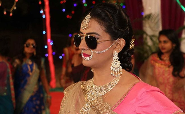 Bhojpuri Actress Akshara Singh Love Marriage Movie