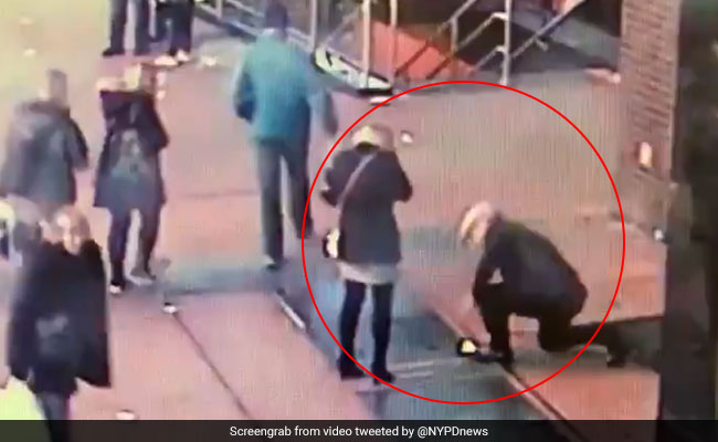On Video, Cops See Man Lose Ring In Front Of Fiancee. They Decide To Help