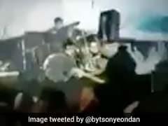Indonesia Tsunami: समुद्र किनारे चल रहा था Rocks कॉन्सर्ट, अचानक आ गई सूनामी, देखें VIDEO