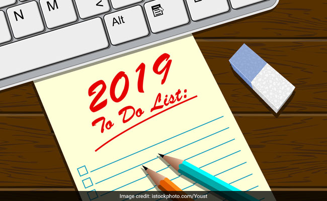 Happy New Year 2019: Top New Year Resolutions For Upcoming Year
