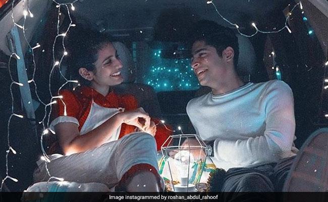 Priya Prakash Varrier कार की डिक्की में यूं जश्न मनाती आईं नज़र, video हुआ वायरल