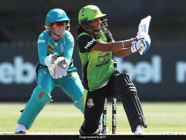 Watch: Harmanpreet Kaur hits headline again after her 26 ball 56 run in Big Bash League