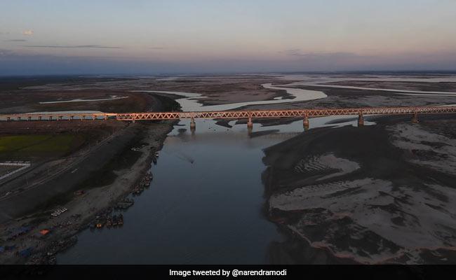 bogibeel bridge india s longest railroad bridge can bear weight of