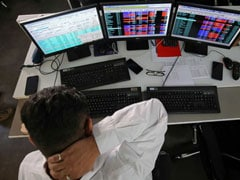 Share Market Updates: Sensex, Nifty Trim Losses Amid Volatile Trade; Axis Bank Rises