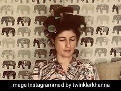 The Credit For This ROFL Pic Of Twinkle Khanna Is Akshay Kumar's