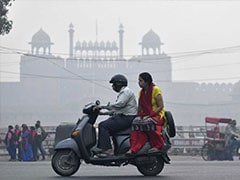 Cold Wave Starts To Grip Polluted Delhi