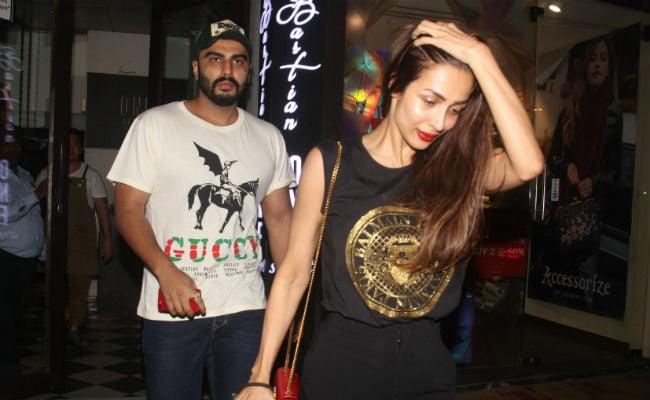 Pics From Rumoured Couple Arjun Kapoor And Malaika Arora's Dinner Date