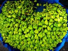 Chhath Puja 2020 Prasad: छठ पूजा में भगवान सूर्य और छठ माता को इन फलों का भोग जरूर लगाएं
