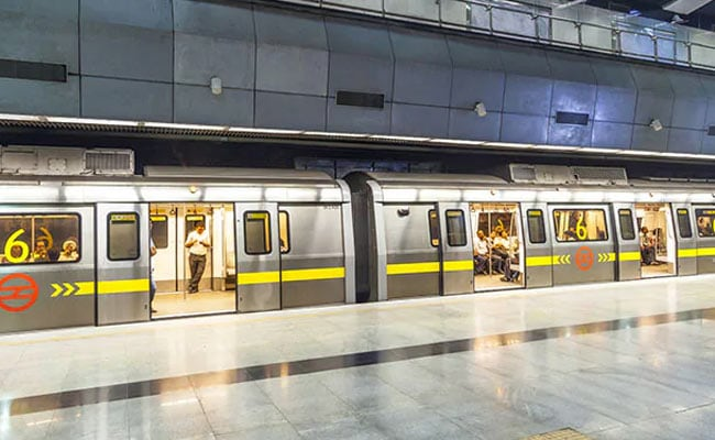 Woman Dies After Jumping Before Train In Delhi Metro's Yellow Line