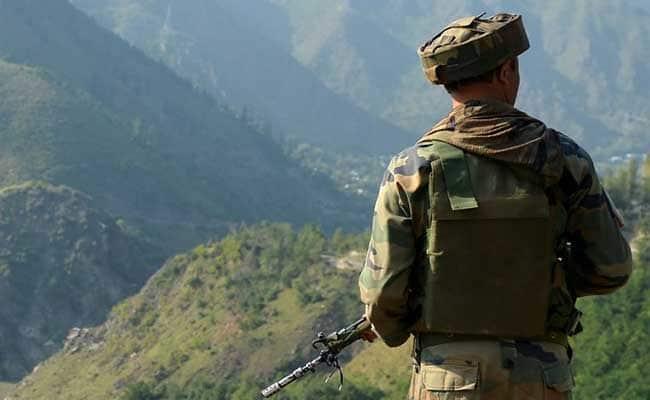एलओसी पार PoK में 16 कैंपों में दी जा रही है आतंकी ट्रेनिंग, सेना को मिली खुफिया जानकारी