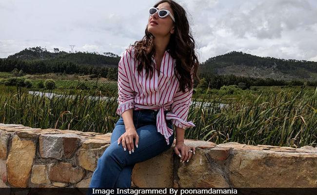 Kareena Kapoor Is Making Cape Town Look So, So Good