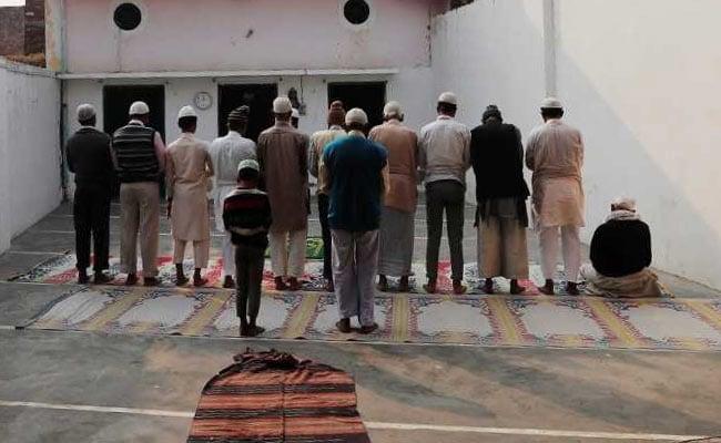 5 बड़ी खबरें: बुलंदशहर गोकशी के आरोप में गिरफ्तारी पर उठे सवाल, नतीजों से पहले BJP सांसद का सीएम शिवराज पर हमला