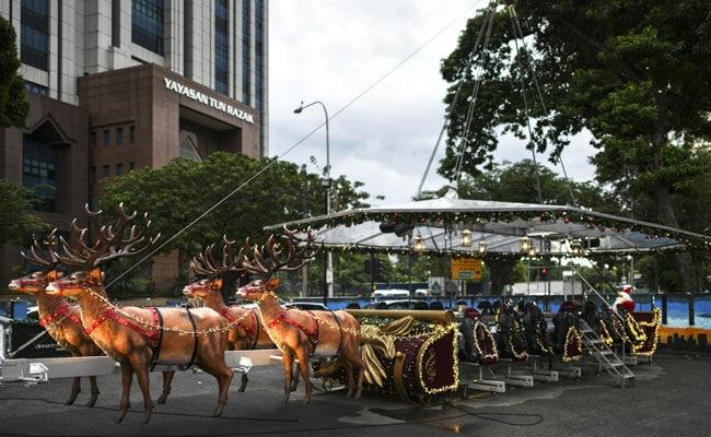 Christmas Sleigh Restaurant Rides Into Tropical Malaysia