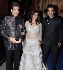 Jeetendra, Sunny Deol At Isha And Anand's Star-Studded Wedding Reception