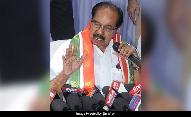 IAF Chief 'Lying' On Rafale, Says Veerappa Moily, Then Retracts